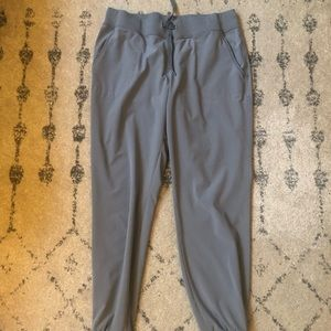 Athleta city joggers size 6 grey